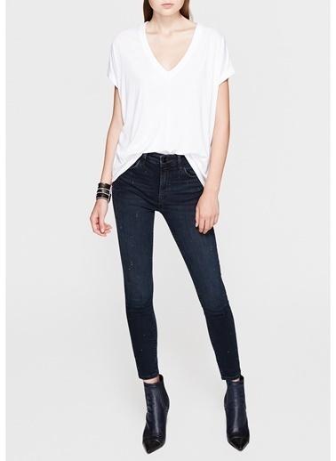 Mavi Mavi V Yaka Penye Beyaz T-Shirt Beyaz